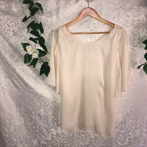 Witchery Size Small 100% Silk Top~Colour Cream~